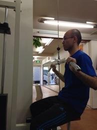 ラットプルダウン トレーニング